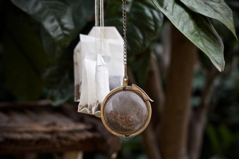 dagga-tea-using-teabags